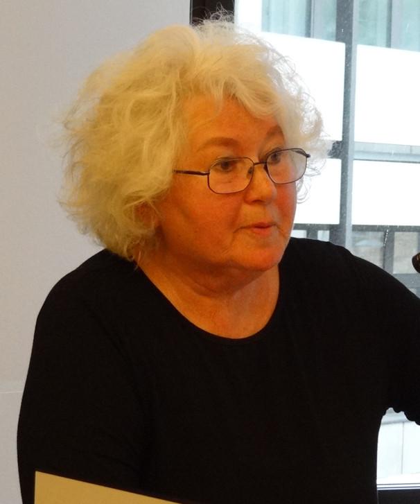 Britta Arold auf Bezirksparteitag 27.4.2013_2